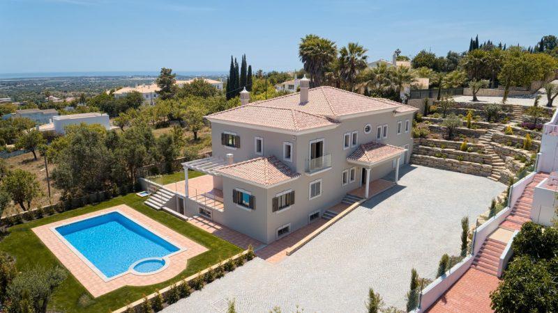 Villa Agostas