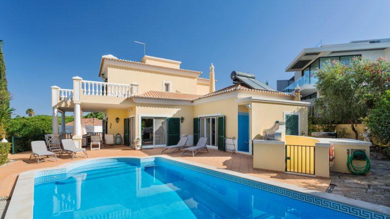 Villa Garissa