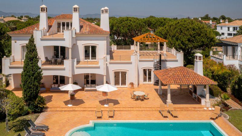 Villa Saga